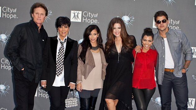 Kardashian Clan Reacts to Kim and Kanye Engagement (ABC News)
