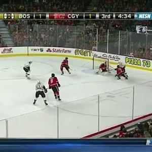 Reilly Smith scores on a powerful move to net