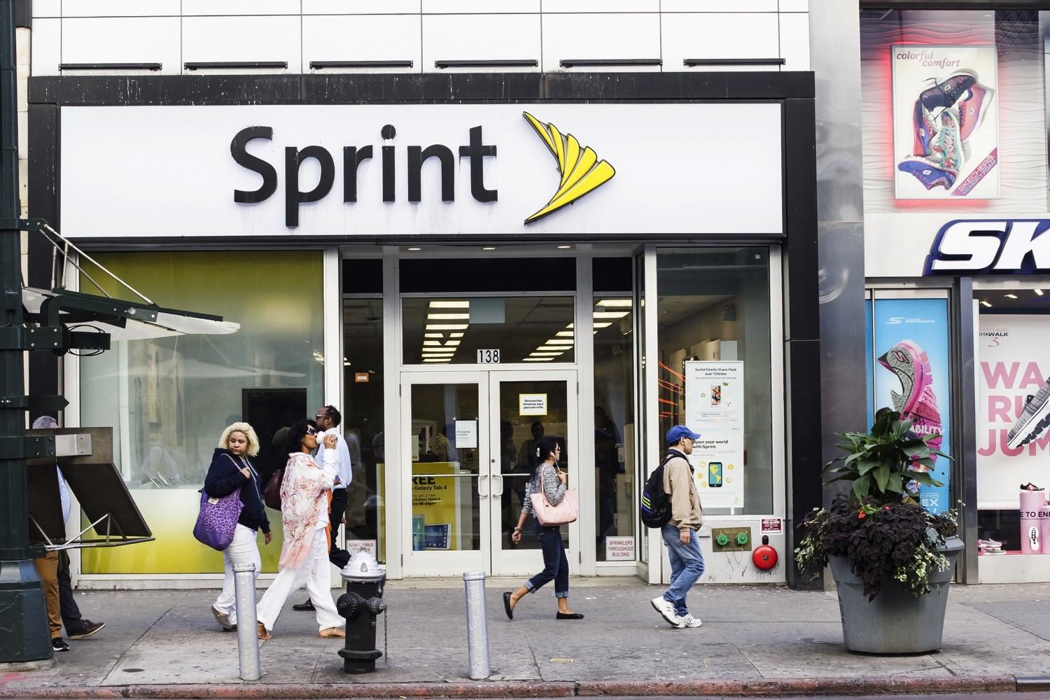 Sprint brings holiday cheer to Mexico and the Caribbean with data promotion