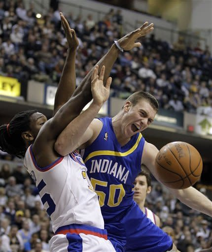 Nuggets upend Pacers 113-109