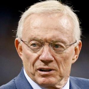 Jerry Jones backs Kiffin