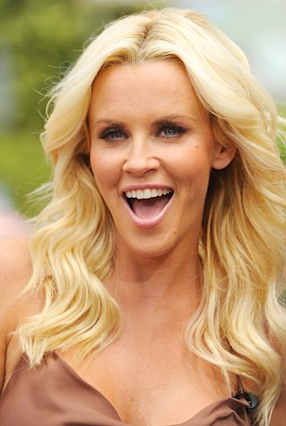 Jenny McCarthy Accidentally Sent Nude Photos to Her Son&#39;s Dentist!