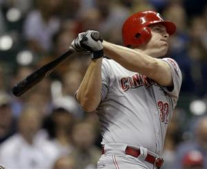 Bruce has three-run homer, lifts Reds over Brewers