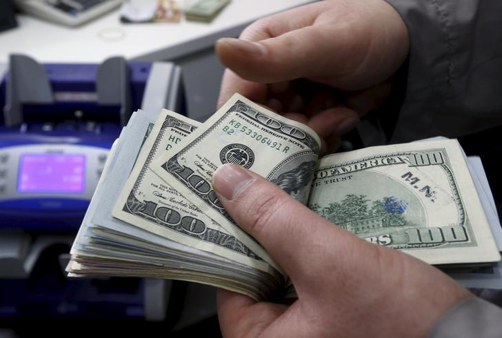 Dollar hits 12-1/2-year peak against yen on U.S. data