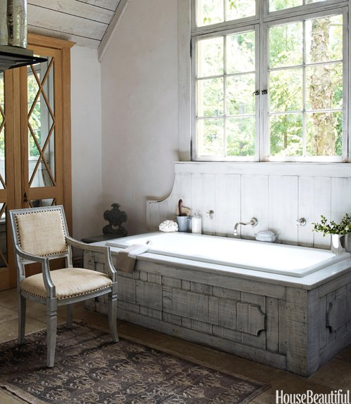 Barn-Inspired Bath