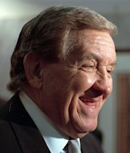 """FILE - This Feb. 5, 1998 file photo shows actor George Lindsey, who portrayed Goober, in the television series """"The Andy Griffith Show"""". Lindsey, who spent nearly 30 years as the grinning Goober , has died, Sunday, May 6, 2012. He was 83. (AP Photo/Montgomery Advertiser, Lloyd Gallman, file)"""