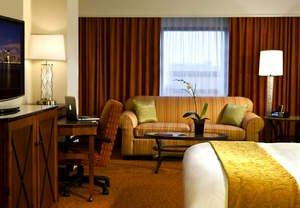 Hotels in Englewood, NJ Offer Savings With E-Bundle for Business Package