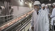 'Dude, It's Beef!': Governors Tour Plant, Reject 'Pink Slime' Label (ABC News)