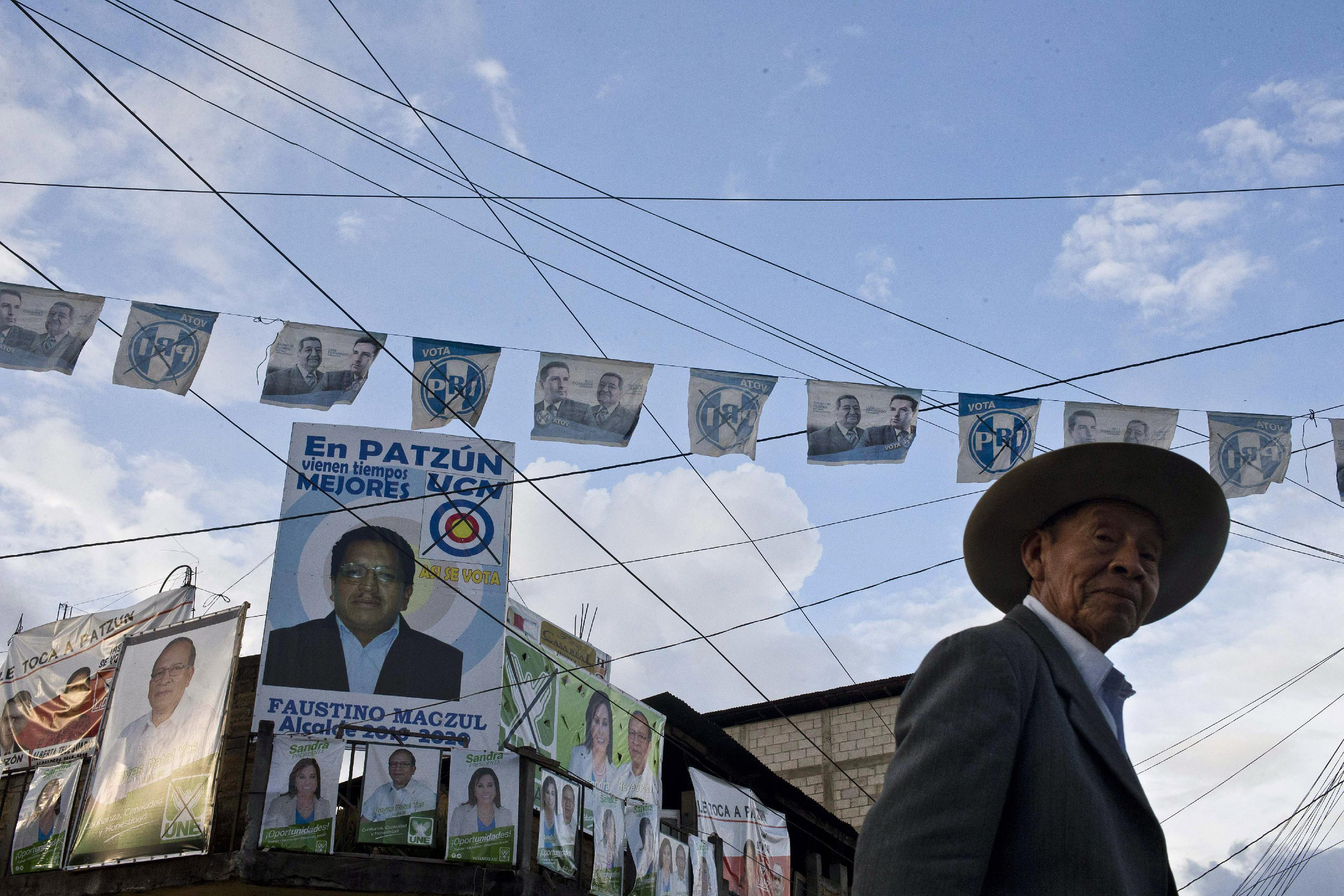 Anger as Guatemala votes amid graft scandals