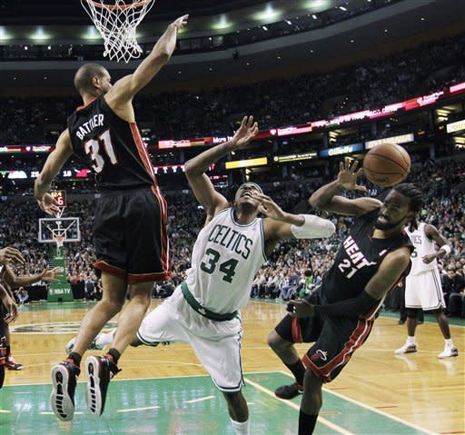 Rondo has triple-double as Celtics rout Heat 91-72