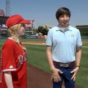 The Big Bang Theory - The First Pitch Insufficiency (Preview)