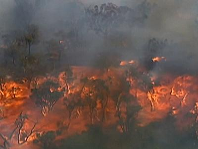 Raw: Wildfires Rage Across Australia