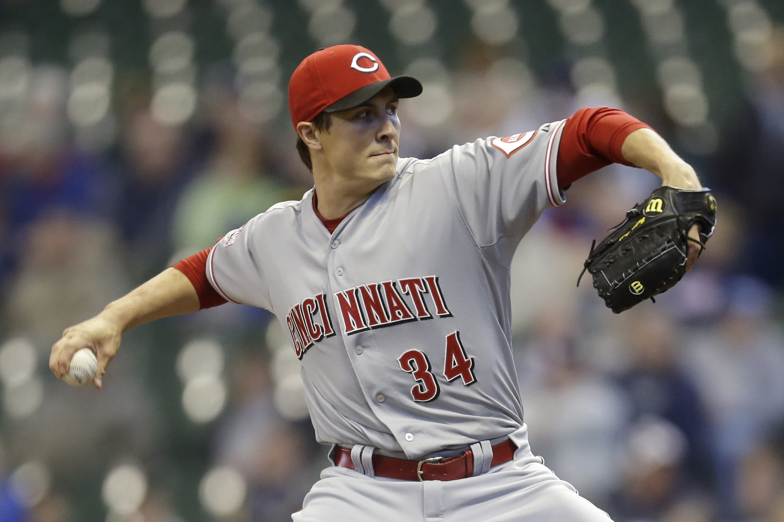 Homer Bailey 'won't be pitching in the near future' as elbow woes continue