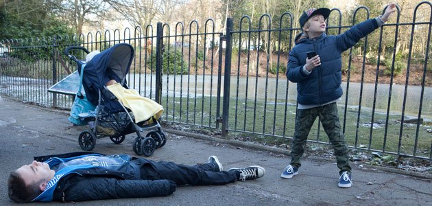 Deadly collapse: David's condition puts the children in danger in Corrie (Credit: ITV)