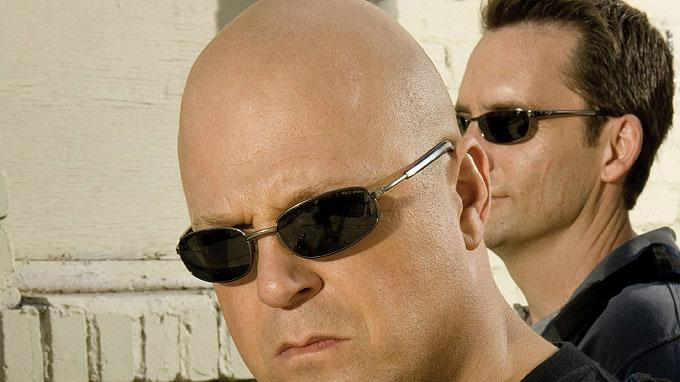 Michael Chiklis stars as Detective Vic Mackey in The Shield.