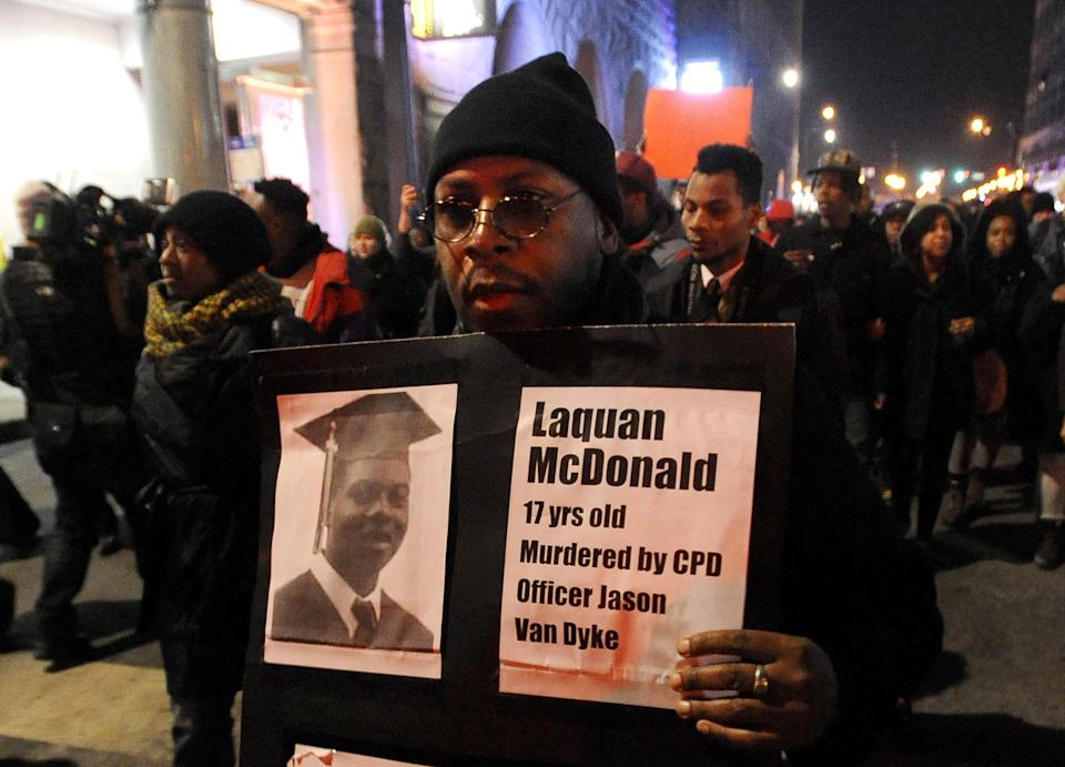 Protest over Chicago teen's shooting set for retail district