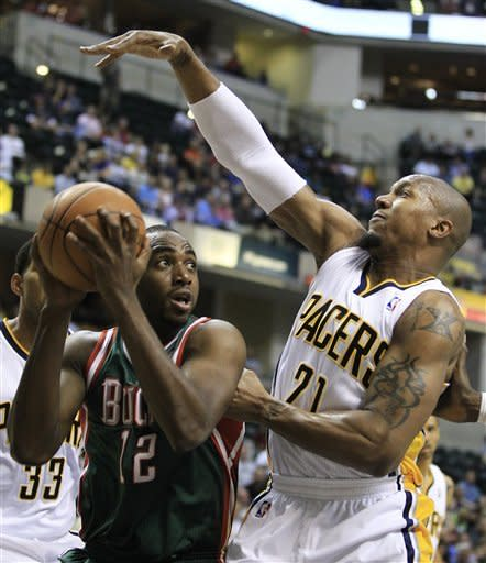 Granger leads Pacers past Bucks, 118-109