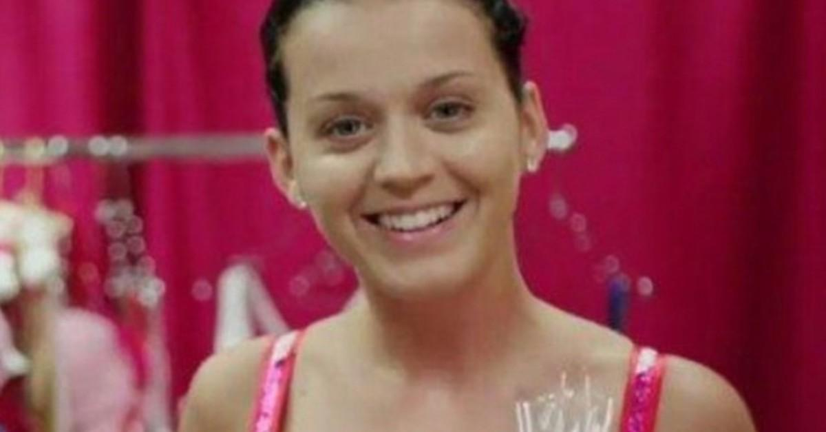 11 Celebs Caught Without Makeup and Still Gorgeous