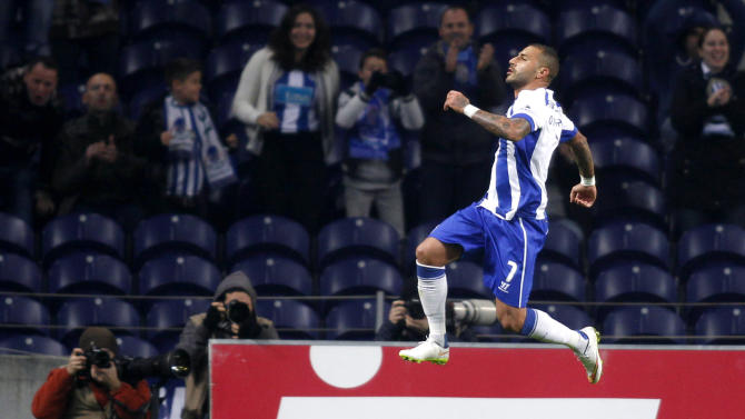 Porto's Quaresma celebrates his goal against Setubal during their Portuguese Premier League soccer match at Dragao stadium in Porto