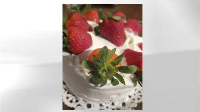 'GMA' Chef's Strawberry Shortcake for Mother's Day
