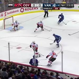 Calgary Flames at Vancouver Canucks - 09/26/2014