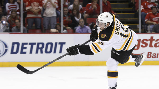 Krejci, Smith lead Bruins past Red Wings in SO
