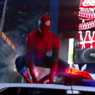'Amazing Spider-Man 2' Clips: Jamie Foxx Freaks Out, Andrew Garfield and Emma Stone Get Freaky (Video)