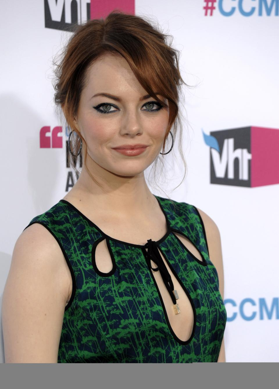 Emma Stone arrives at the 17th Annual Critics' Choice Movie Awards on Thursday, Jan. 12, 2012 in Los Angeles. (AP Photo/Dan Steinberg)