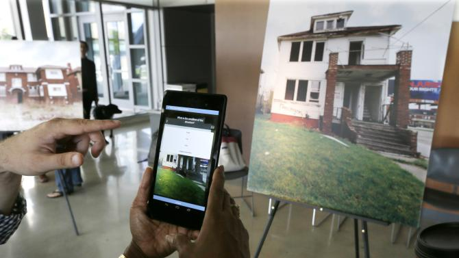 Residents trained to aid Detroit's fight on blight