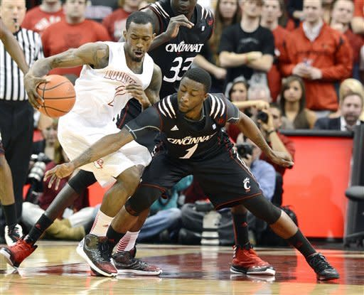 No. 8 Louisville wears down Cincinnati, 67-51