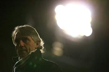Mancini riled over questions on his Manchester City future