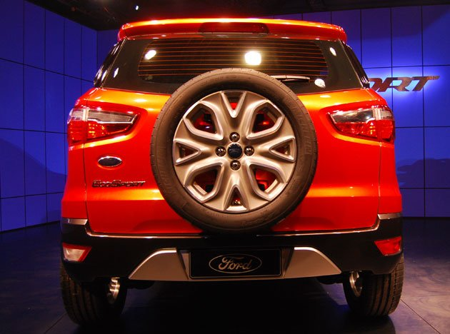 Ford unveils compact SUV EcoSport