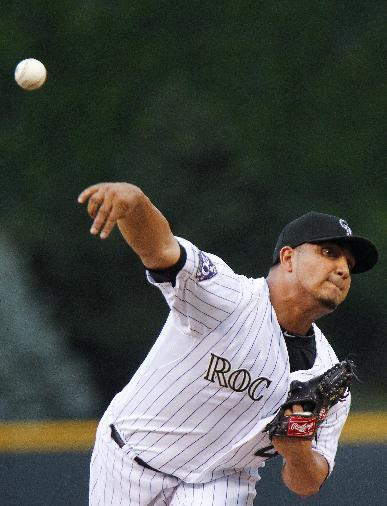 Rockies' Chacin takes no-hitter into 7th