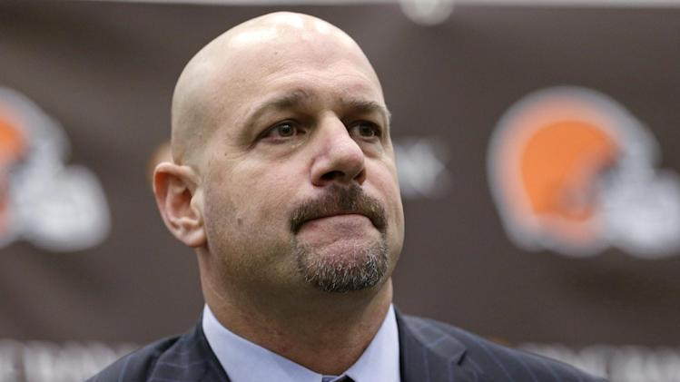 Browns hire Mike Pettine after twisting search