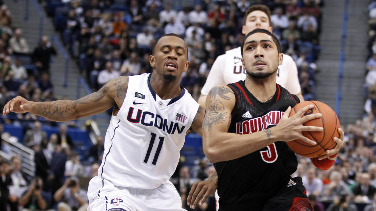 NCAA Basketball: Louisville at Connecticut
