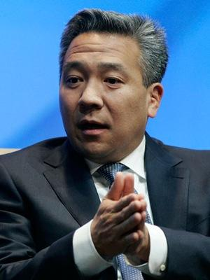 Kevin Tsujihara Named CEO of Warner Bros