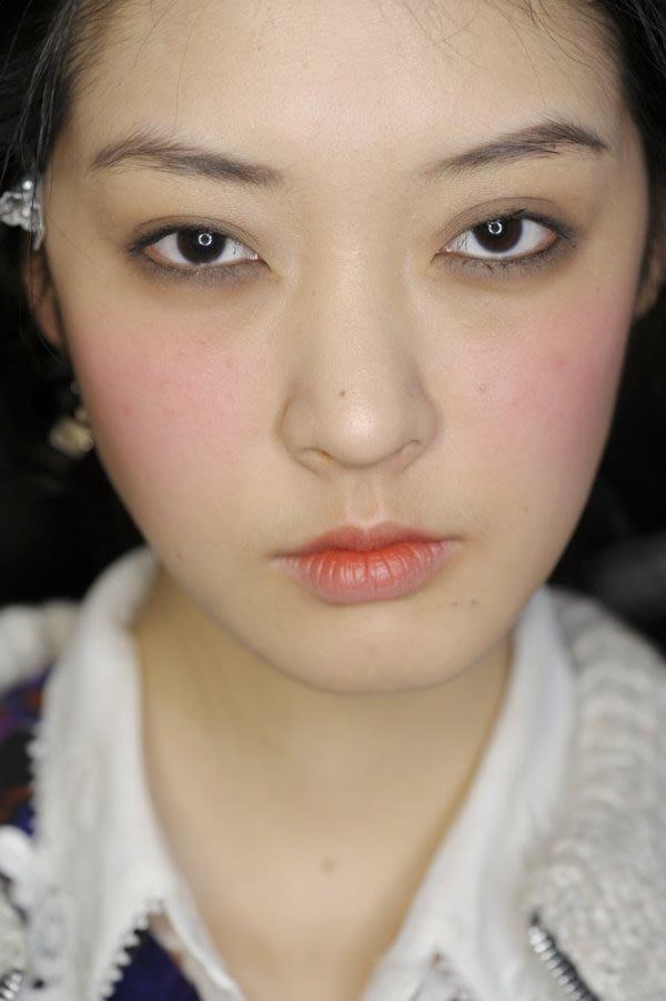 頰彩大學問 4臉型腮紅畫法教學
