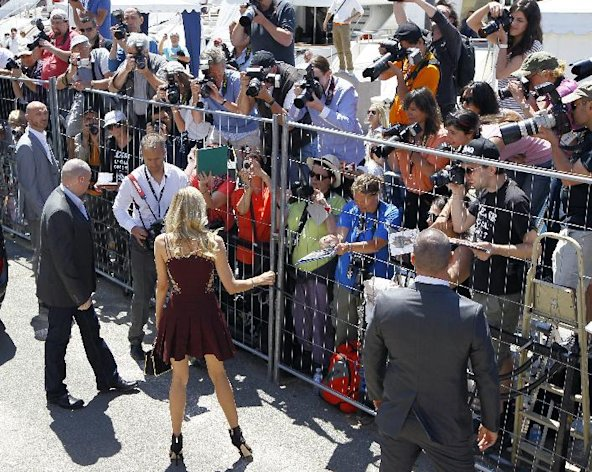 Actress Diane Kruger arrives for a photo call for the members of the jury at the 65th international film festival, in Cannes, southern France, Wednesday, May 16, 2012. (AP Photo/Francois Mori)