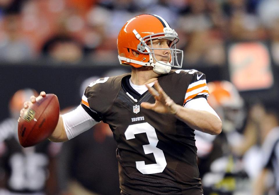 Weeden sharp, Browns blast Rams 27-19