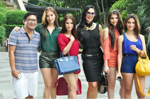 "MMFF 2012: ""Sossy Problems"""