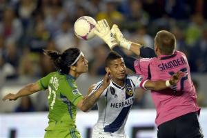 LA Galaxy top Seattle 1-0 in regular-season finale
