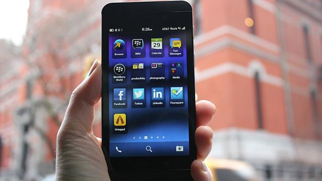 Review: BlackBerry Z10 and 10
