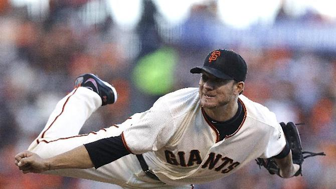Peavy takes no-hitter into 8th of Giants' 3-1 win