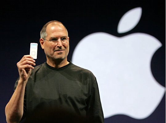 apple-steve-jobs-250811-01