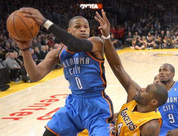 Sluggish: Thunder fall to Lakers 105-96