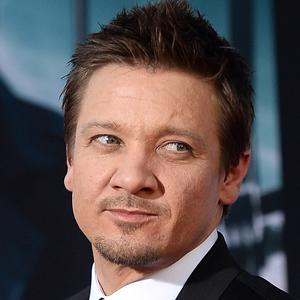 Renner Talks 'Bourne' Rumours