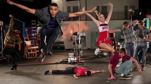 Neat Glee Things: Leaping Loops