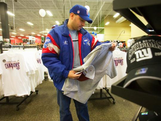 Sports Authority is kicking off a massive clearance sale at all its stores before shutting them down — here are the details