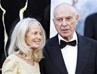 "Alan Arkin, best supporting actor nominee for his role in ""Argo"", and his wife Suzanne Newlander Arkin arrive at the 85th Academy Awards in Hollywood, California February 24, 2013. REUTERS/Lucas Jackson"