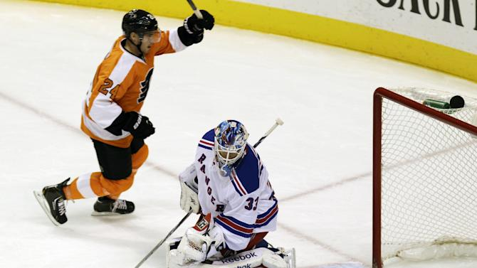 Coburn's goal gives Flyers 2-1 win over Rangers